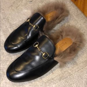 Gucci Black Leather Horsebit Loafers with Fur